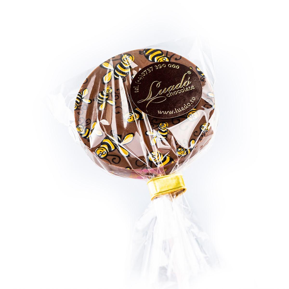 Acadea rotundă din ciocolată cu lapte